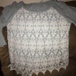 Women's crochet-look 3/4 sleeve shirt
